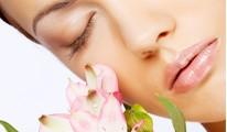 Fiatalító kezelések a bőrgyógyásznál – akár ebédidőben